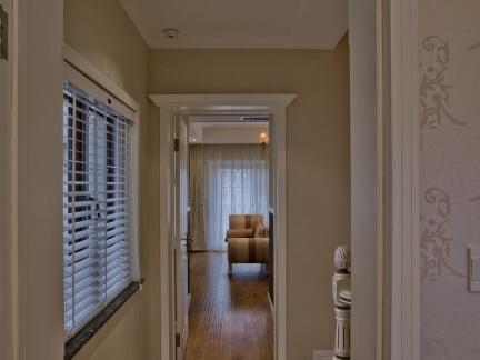 欧式风格别墅家居楼梯间走廊进门过道地砖装修效果图欣赏