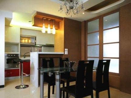 现代餐厨房整体布局