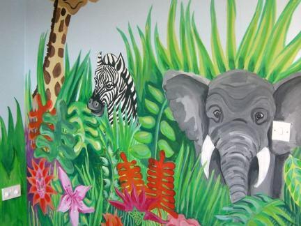 幼儿园手绘装饰画图片