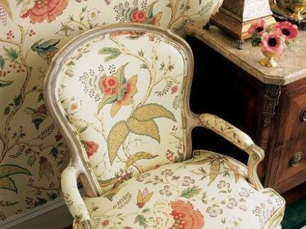 欧式花纹壁纸装饰图