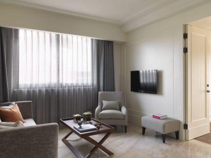 新古典风格简约电视背景墙设计