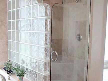 单人浴室玻璃隔断图片