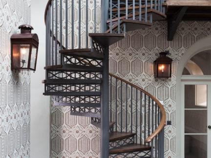 复式室内旋转楼梯图片