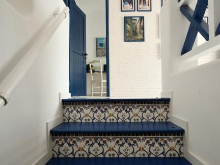 地中海楼梯花砖装饰