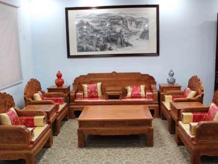 家居客厅中式红木沙发图片