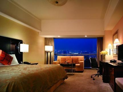 现代宾馆房间装饰设计效果图欣赏
