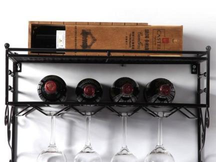 简约墙壁红酒酒架图片欣赏