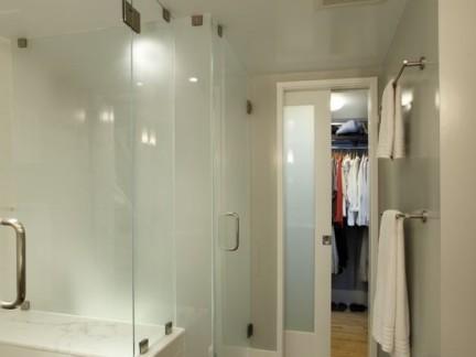 简欧风格浴室推拉门图片