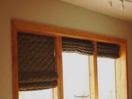 窗帘卷帘图片