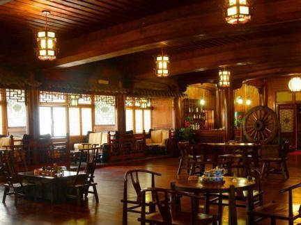 茶餐厅室内中式设计图片