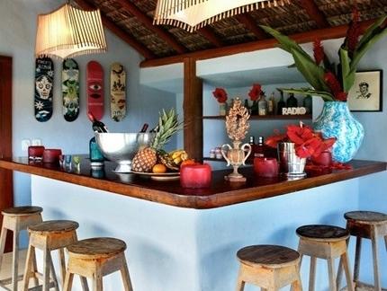 2013现代东南亚吧台装修效果图欣赏