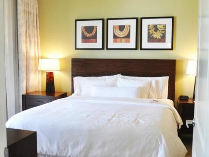 主卧室床之室内卧室床设计布局效果图图片