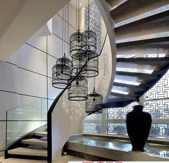 不锈钢玻璃扶手旋转楼梯图片