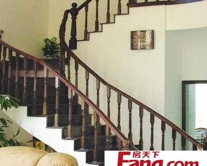 家装木楼梯图片-搜房网装修效果图