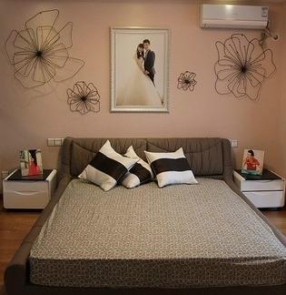 简单的婚房卧室布置效果图