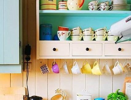 小型厨房墙面收纳架设计图