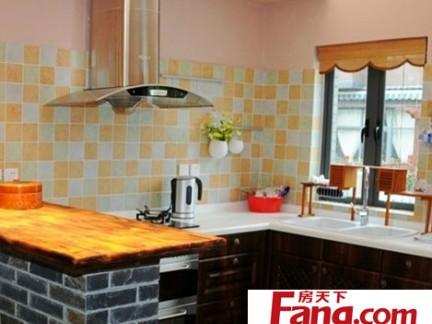厨房瓷砖图片 靓丽马赛克风格墙面装饰
