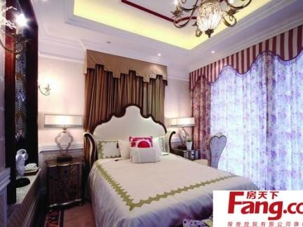卧室欧式花纹壁纸贴图
