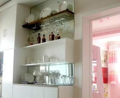 家庭餐厅酒柜装修效果图片2013