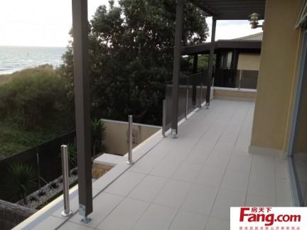 阳台贴瓷砖