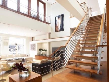 跃层别墅楼梯装修效果图图片