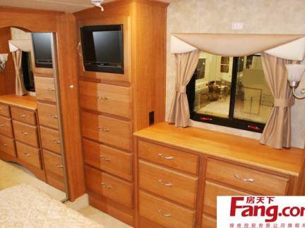 卧室实木梳妆台图片