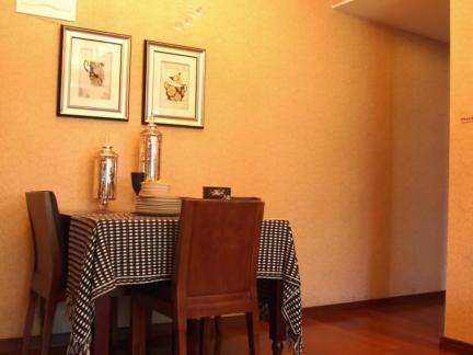 美式样板房餐厅吊灯设计效果图