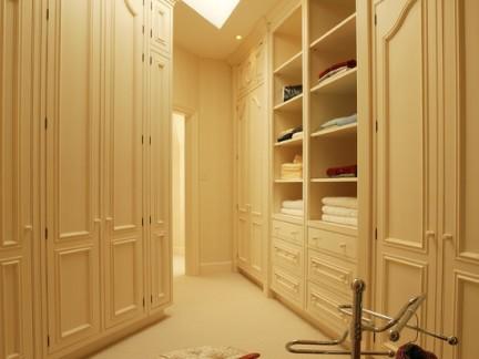 简约风格卧室衣柜内部设计图