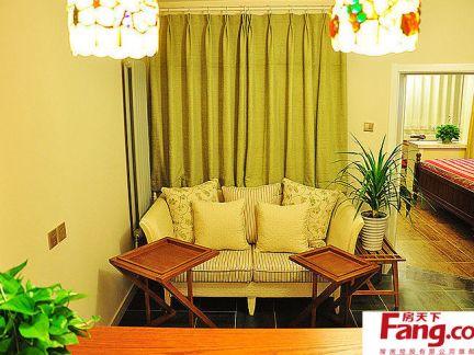 日式小户型客厅家具摆放