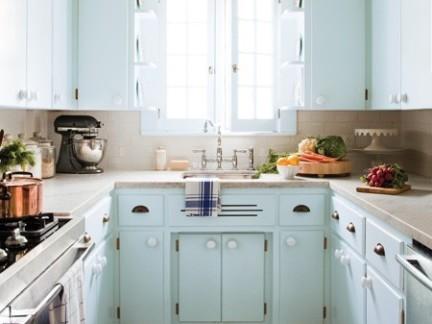 超小厨房蓝色整体橱柜效果图