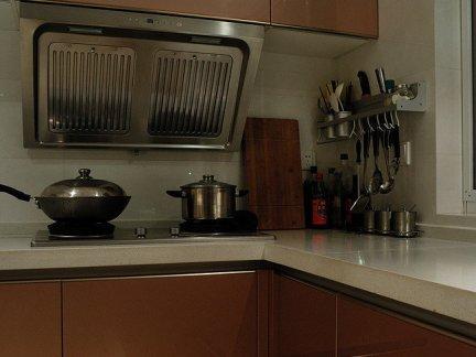 厨房香槟色橱柜设计