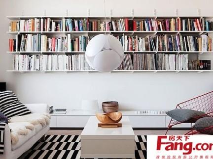 70平小户型收纳书橱打造创意客厅装修效果图2012图片