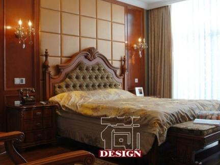 2013欧式主卧室床头背景墙装修效果图图片