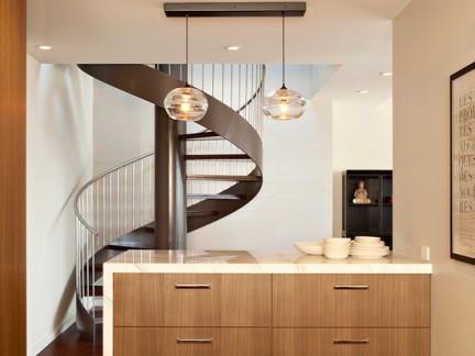 两层楼打通楼梯效果图
