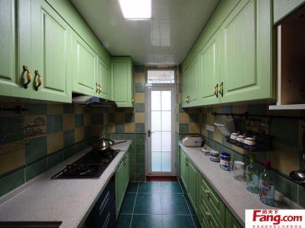 4平米小厨房设计效果图