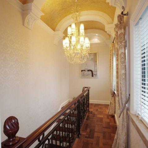 欧式别墅走廊吊顶装修效果图图片