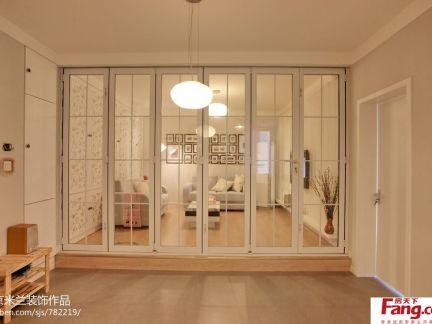 简约风格客厅折叠门效果图