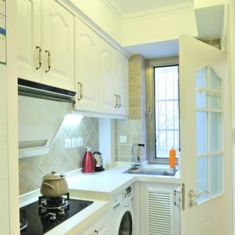 小户型简欧厨房装修效果图图片