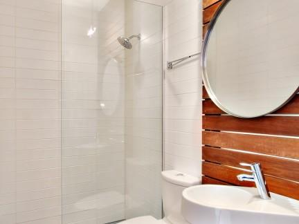 小卫生间淋浴房浴室门图片