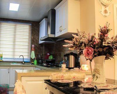小厨房隔断餐厅效果图