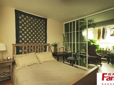 卧室阳台移门隔断装修效果图欣赏