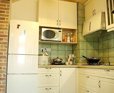 家庭厨房吊灯装饰效果图片