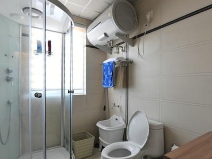 小卫生间淋浴房隔断设计