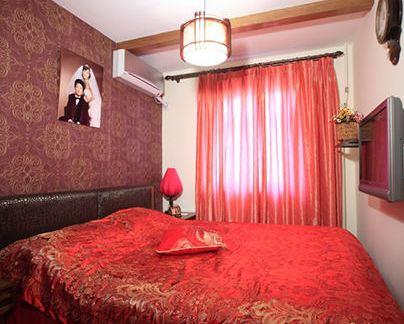 小平米婚房卧室装修效果图