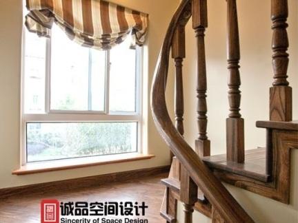 美式别墅楼梯间窗户图片图片