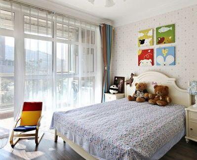 现代卧室板式家具床图片