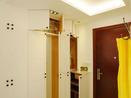现代风格进门玄关鞋柜装修设计图片