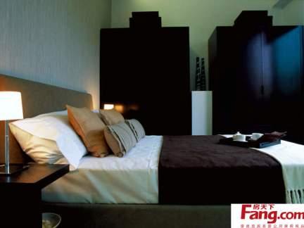 简约风格卧室实木衣柜装修效果图欣赏