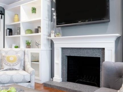 极简的壁炉式客厅电视背景墙装修效果图2012