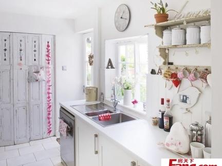 90平小户型浪漫田园风格厨房橱柜装修效果图图片